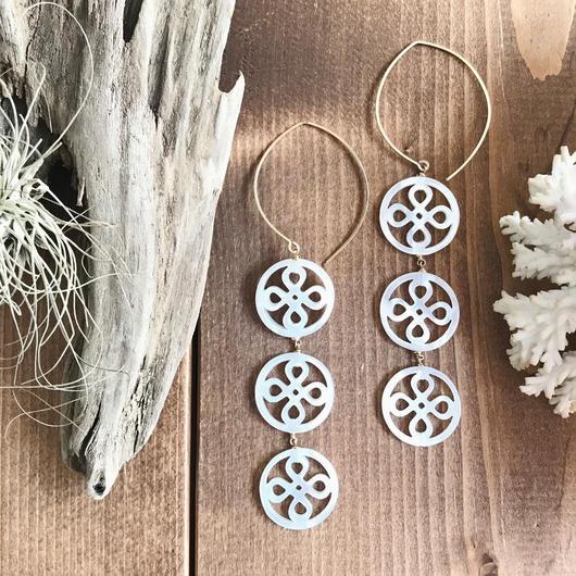 14KGF White Patterned Shell Hoop Earrings