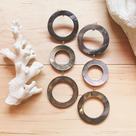 14KGF Gray & Black 3 Circle Earrings