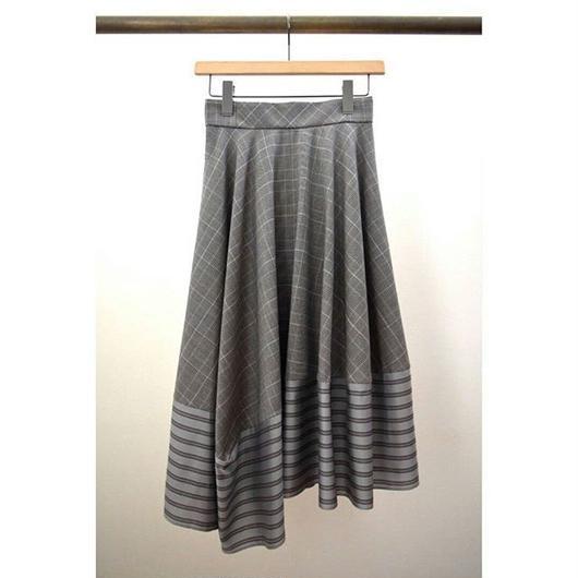 check × stripe inside flare skirt BROWN check × GRAY stripe