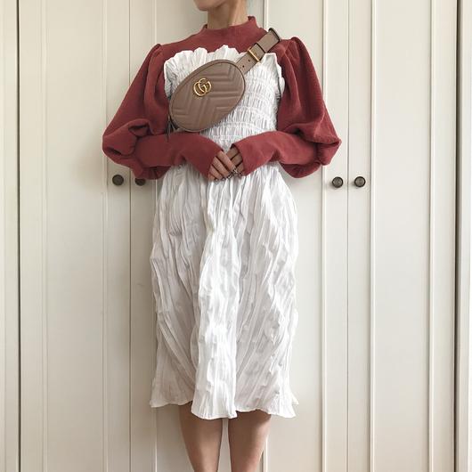 シャーリングミディスカート