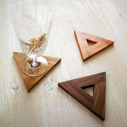triangle coaster  -木を組んで作った三角のコースター-