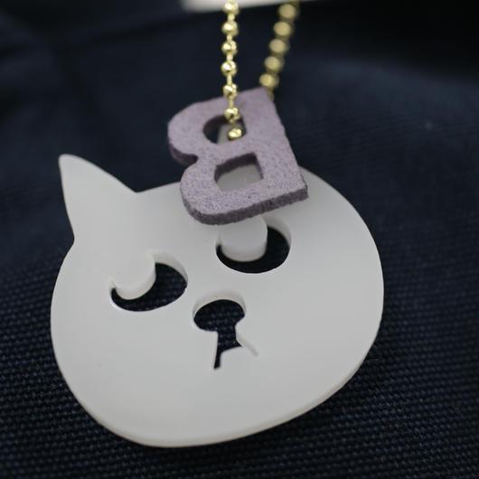 とってもかわいい猫の小林さんとバウドッグのアクリルキーホルダー