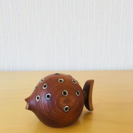 チークのハリセンボン/爪楊枝スタンド