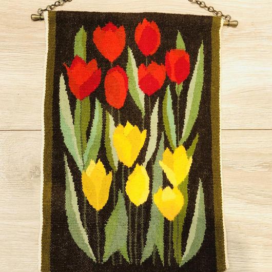 タペストリー/フレミッシュ織り/赤いチューリップと黄色のチューリップ柄