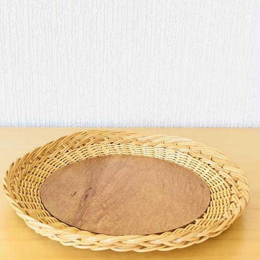 手編みのスタイリッシュなトレイ/籐と白樺/ラウンド