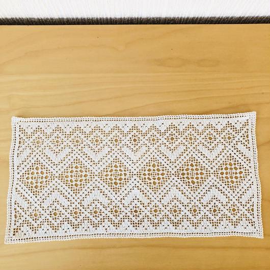 ナーベルソム刺繍のドイリー/お花柄NR.2