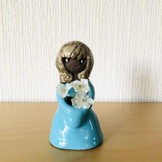 Torekov Keramik/トレコブセラミック/ターコイズブルーのドレスのフラワーガールさん