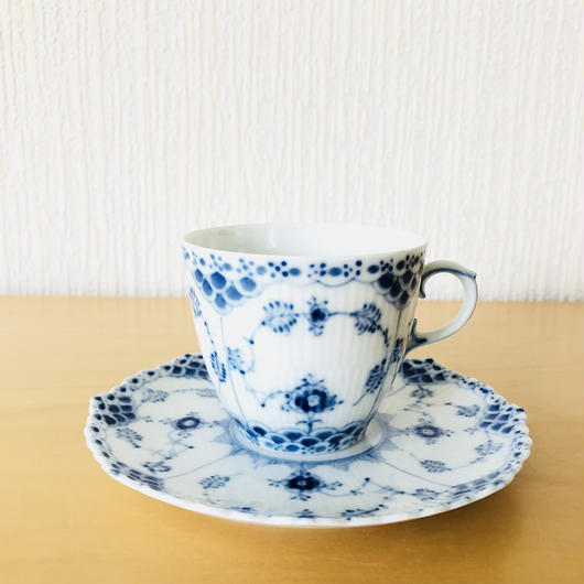 Royal Copenhagen/ロイヤルコペンハーゲン/Musselmalet/ブルーフルーテッド/フルレース/コーヒーカップ&ソーサー/CS-02