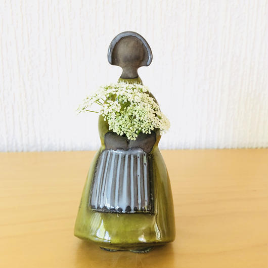 Jie Gantofta/ジィガントフタ/フラワーガール/若草色の民族衣装/13cm