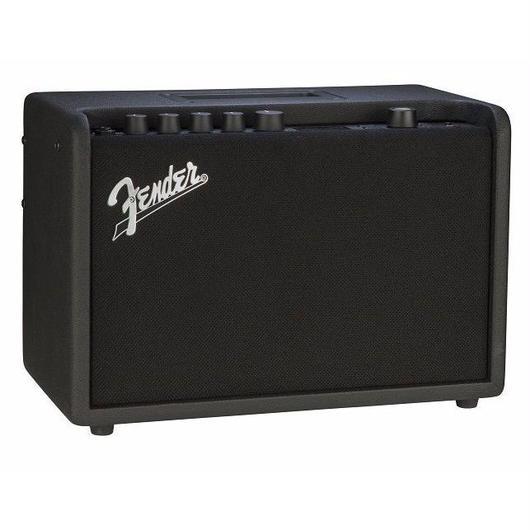 【新製品】Fender Mustang GT 40 (0885978757718)
