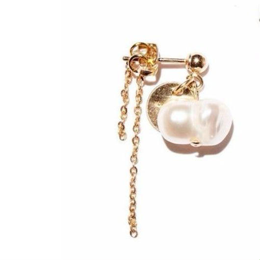 twin pearl earrings-1(片耳)