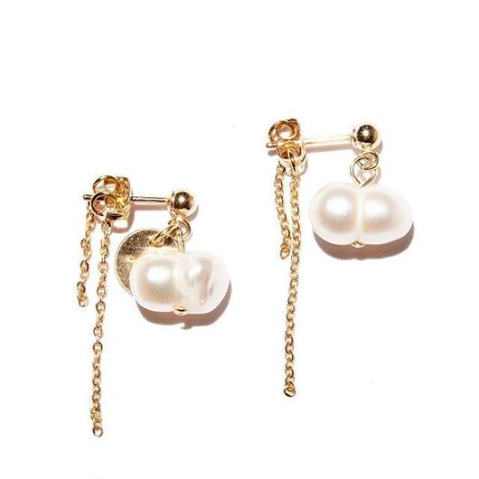 twin pearl earrings(両耳)
