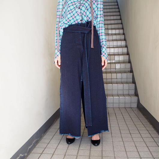 AKANE  UTSUNOMIYA/デニムベルテッドマキシスカート