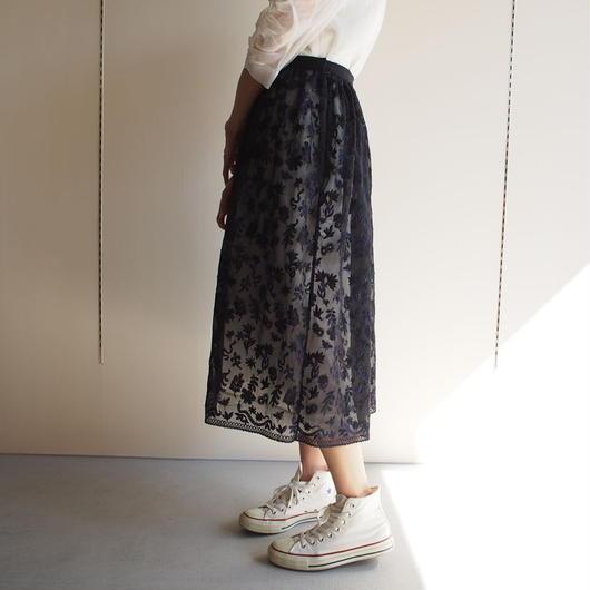 LOKITHO/フラワー刺繍スカート