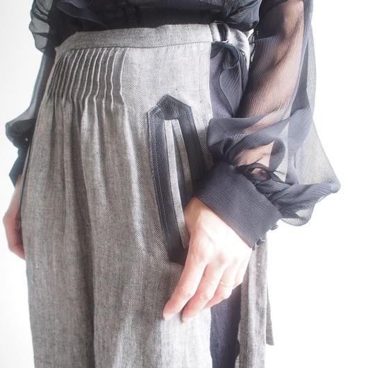 SATOKO OZAWA/リネンレザーポケットスカートパンツ