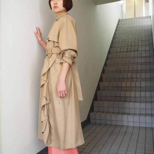 TARO HORIUCHI/ラッフルトレンチコート