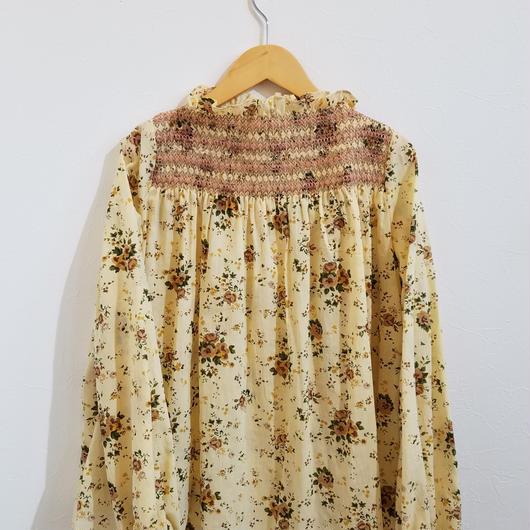 muu muu[ムームー]/FLOWER SMOCKING  (lady's)