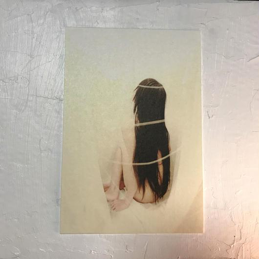 卯月沙梨音 ポストカード「蛹の刻」1