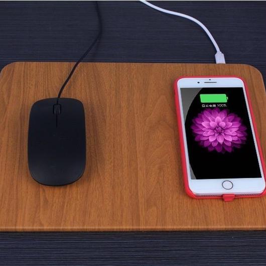 ワイヤレス充電機能付きマウスパッド