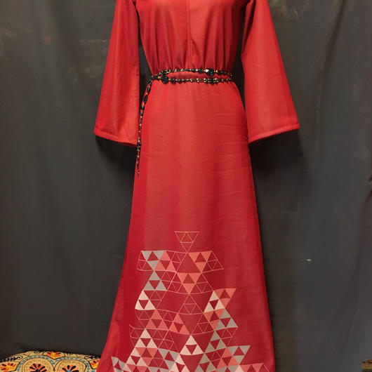 ヴィンテージライクなロングドレス RED sizefree
