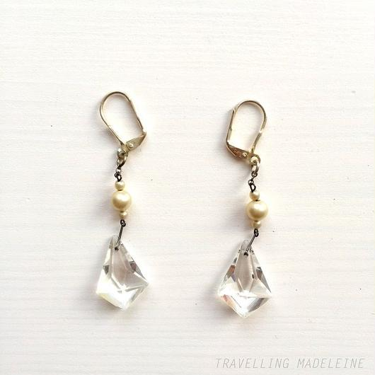 アールデコ ダイヤ型クリアグラス ピアス Art Deco Diamond-shaped Clear Glass Pierced Earrings (Su18-40E)