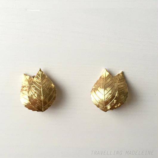 Grosse グロッセ ゴールドリーフ クリップイヤリング Grosse Gold Leaf Clip Earrings (W17-164E)