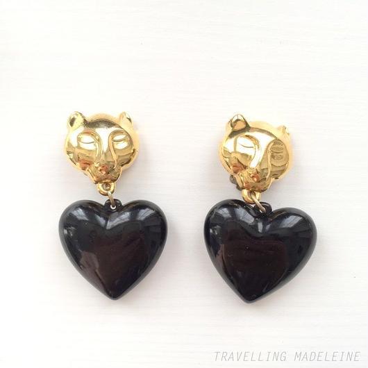 ゴールドパンサー & ブラックハート クリップイヤリング Gold Panther & Black Heart Clip Earrings (Su18-61E)