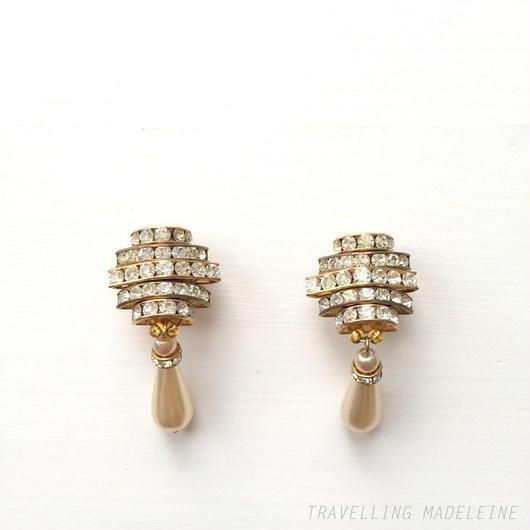 ラインストーン & パールティアドロップ クリップイヤリング Rhinestone & Pearl Teardrop Clip Earrings (Su18-31E)