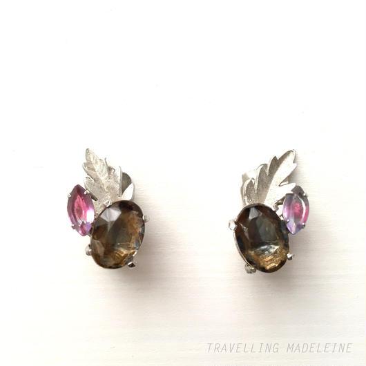 Continental 茶色&紫グラス シルバーリーフ クリップイヤリング  Brown&Purple Glass & Silver Leaf Clip Earrings (W17-152E)