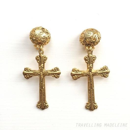 ビッグゴールドクロス クリップイヤリング Big Gold Cross Clip Earrings (Su18-60E)
