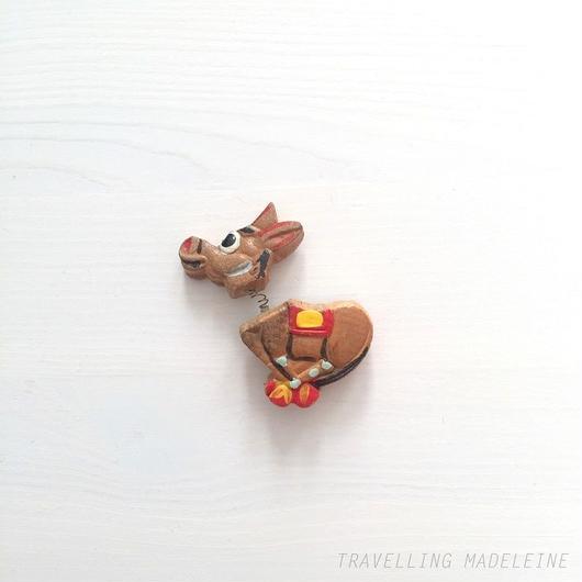 木製 ハンドペイント ドンキー ブローチ Wooden Handpainted Donkey Brooch (W15V-11B)