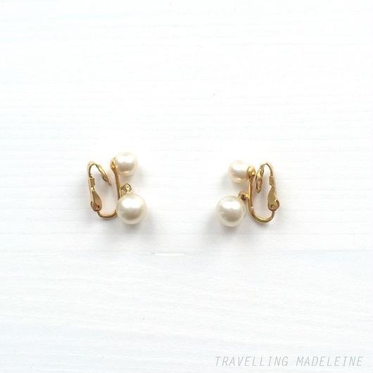 Trifari トリファリ シンプル パール クリップイヤリング Trifari Simple Pearl Clip Earrings(Su18-75E)