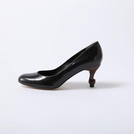 ちゃけちょけ 猫脚7cmヒールパンプス エナメル型押し本革ブラック