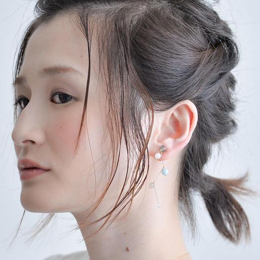 Grape Earring  BLUE グレープイヤリング  ブルー
