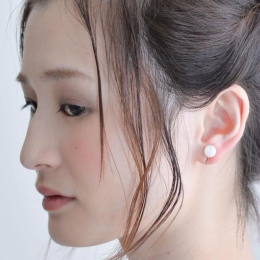 Maru Earring WHITE マルイヤリング ホワイト