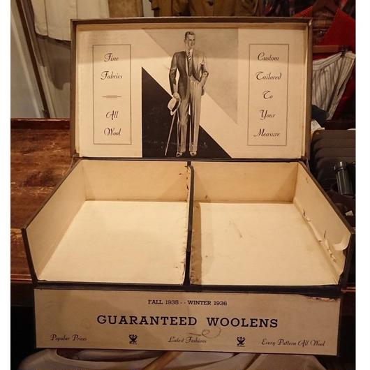1930s   Clothes shop   Display box