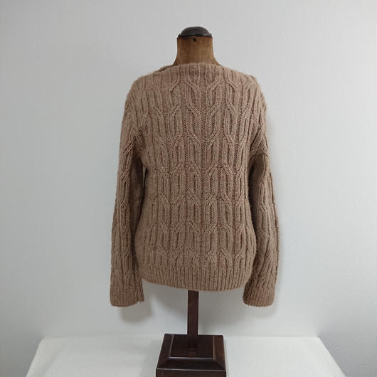 Boat neck   Cable wool knit sweater