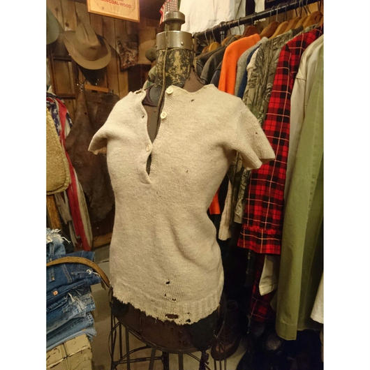 Wool knit   short sleeves   Sweater