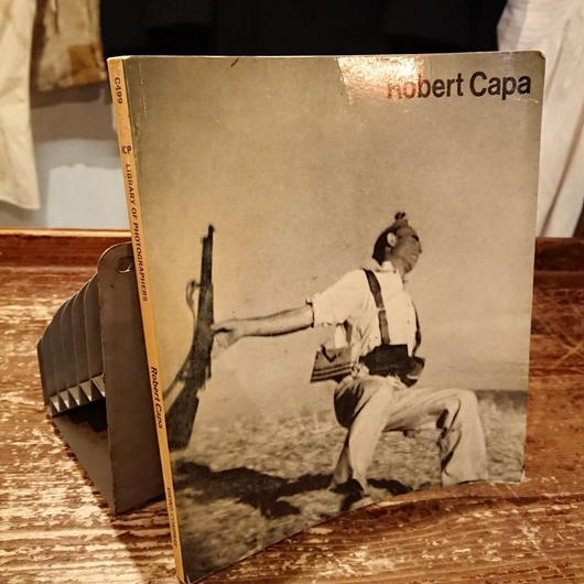 【1970s  Robert Capa 】Photo album