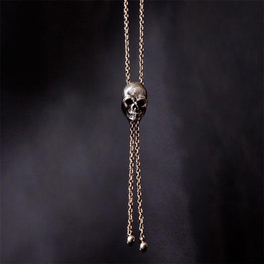 Skull Loop Tie