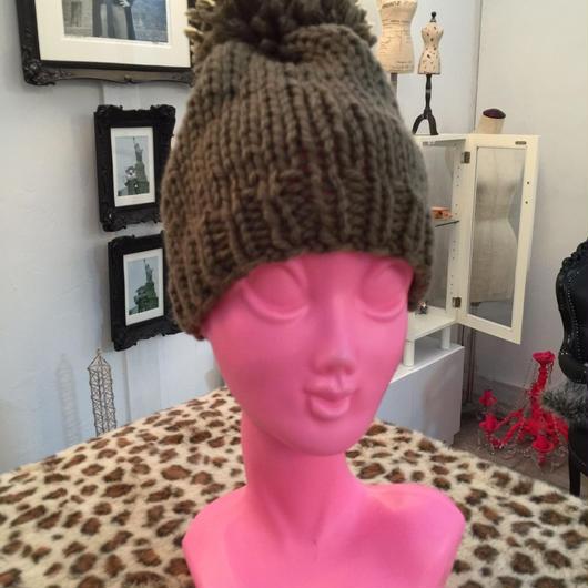 BIGポンポンニット帽