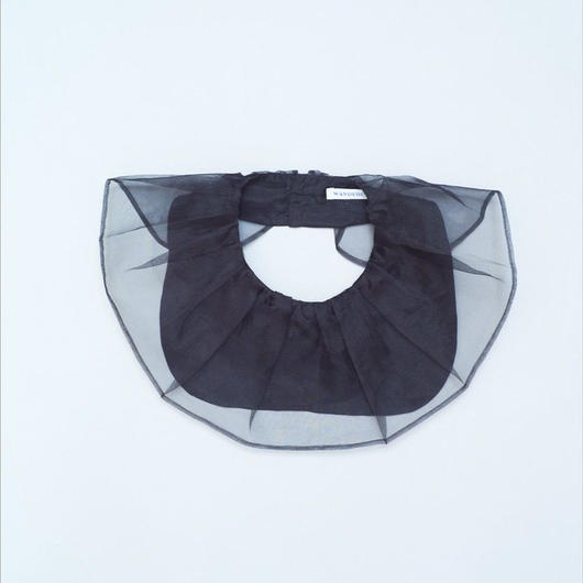 BIG RUFFLE COLLAR BLACK