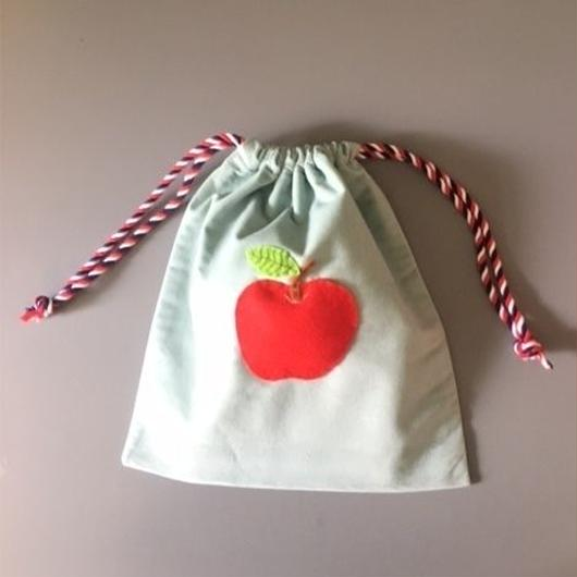 DRAWSTRING BAG APPLE 巾着バッグアップル