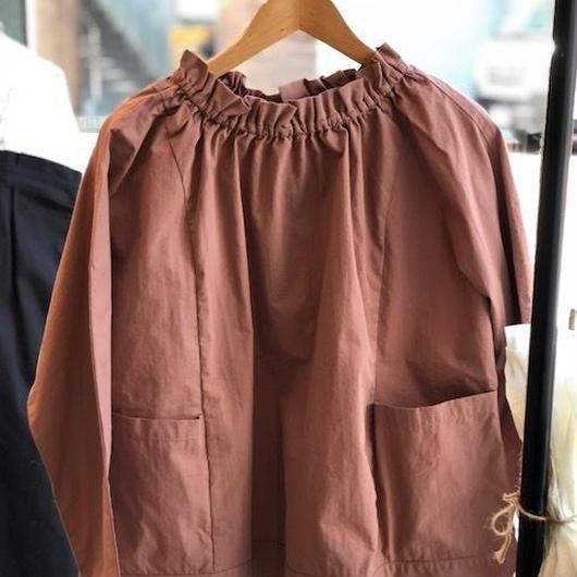 chambre de charme  コットン/ナイロン タイプライター 衿フリル2WAYシャツ