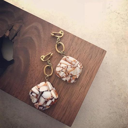 Square Shell  earring