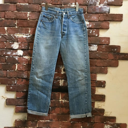 LEVIS 501 RED LINE