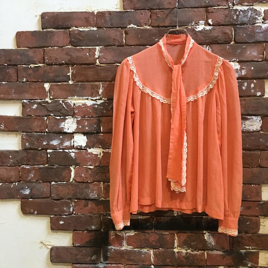 VINTAGE LADIES COTTON BLOUSE