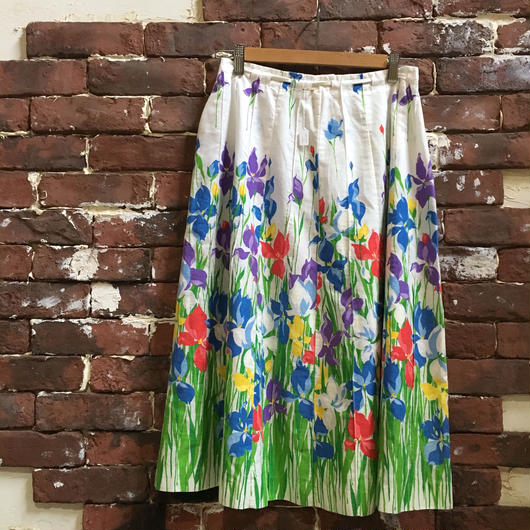 VINTAGE LADIES ROUND SKIRT