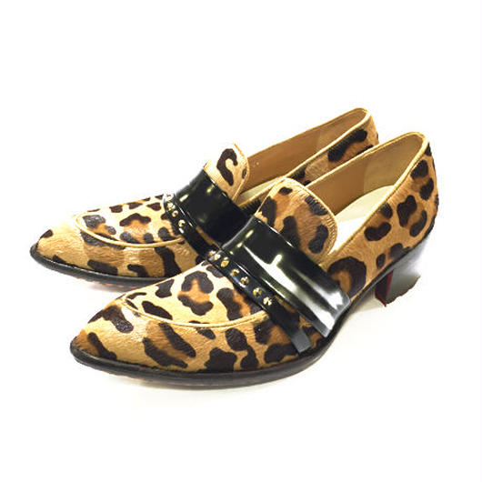 LEOPARD STUDS LOAFERS