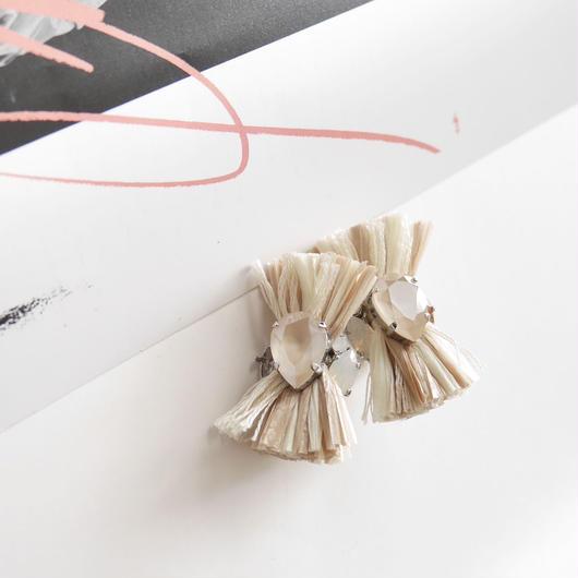 thread pierce # earrings ECRU